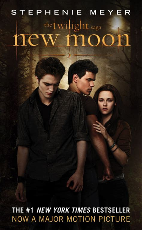 libro saga book two review new moon by stephenie meyer bookish temptations