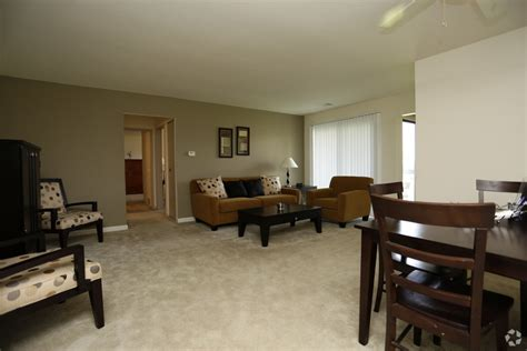 2 bedroom apartments grand rapids ashton woods apartments rentals grand rapids mi