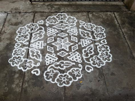 design kolam rangoli designs kolam 19 10 pulli interlaced kolam