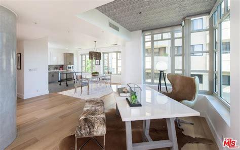 kendall jenner bathroom kendall jenner lists westwood starter home for 1 6m