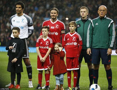 romeo james beckham football manchester united legends david beckham and sir alex