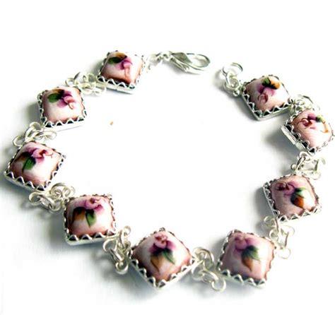 lada faberge history of russian enamel rostov finift jewelry
