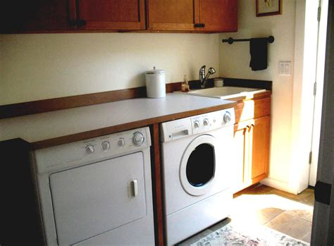 Deep Utility Sink W Cabinet Ohmega Salvage Laundry Room Laundry Room Sinks With Cabinets
