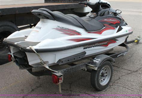 boat jet ski auction wichita ks 2003 yamaha wave runner xlt 1200 jet ski item 6533