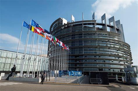 siege parlement europeen assistants parlementaires europ 233 ens perquisition au