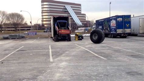 monster truck show nassau coliseum loading up monster trucks nassau coliseum 2014 youtube