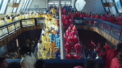apples latest ad  human flood  sell iphone xr colors