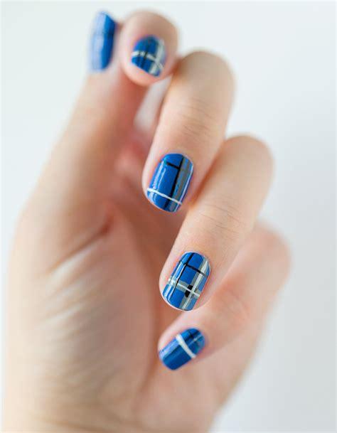 le pour les ongles tuto nail le tartan bleu