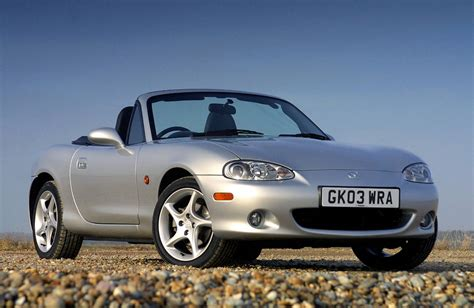 second mazda 5 guide buying a used mazda mx5 carwitter