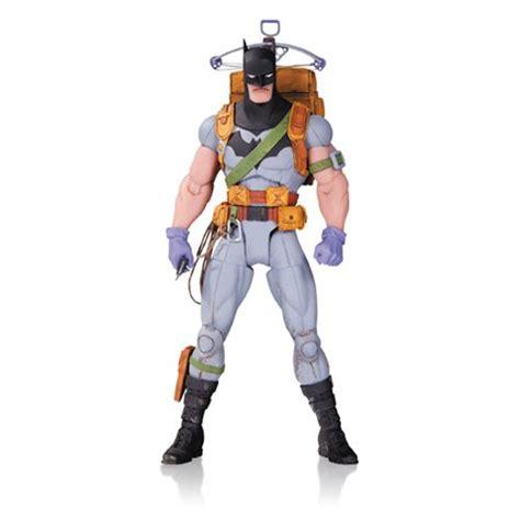 Mainan Figure Designer Series Greg Capullo The Joker designer series survival gear batman by greg capullo