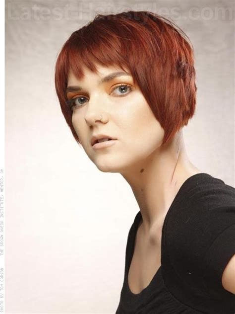 convex haircut convex layered bob auburn choppy cut a little longer