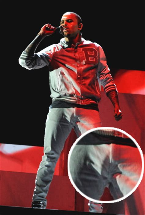 chris brown grammys 2012 the bulge