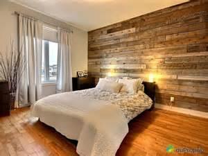 mur de bois d 233 co chambres pots et