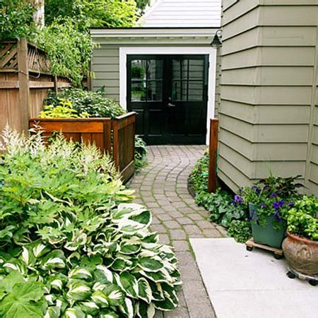 23 Landscaping Ideas For Side Of House Zacs Garden Side House Garden Ideas