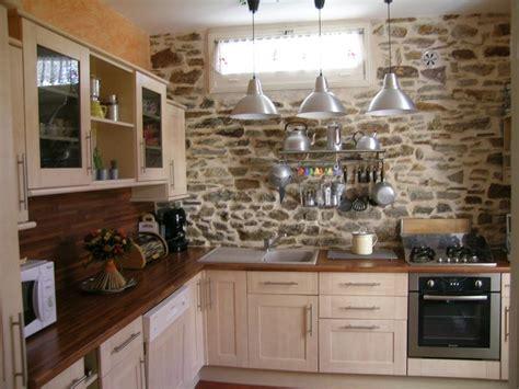 cuisine avec porte fenetre d 233 couverte de la villa villa la saulni 232 re location d
