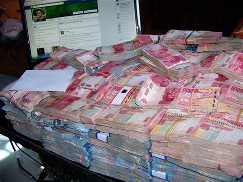 gambar2 uang meme lucu uang banyak banget gambar lucu terbaru