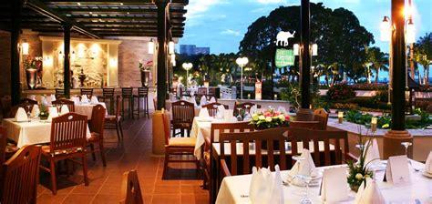 siam restaurants where and what to eat in siam siam elephant bar thai restaurant thai food siam bayshore resort pattaya