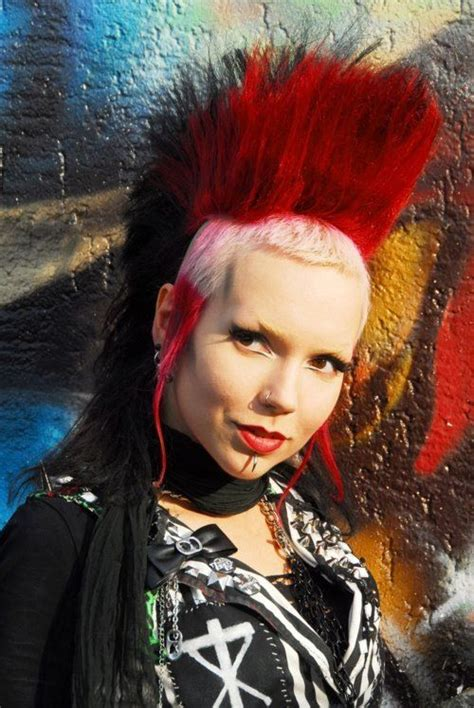 halloween punk hairstyles gorgeous batcave death rock girl goths and batcaves