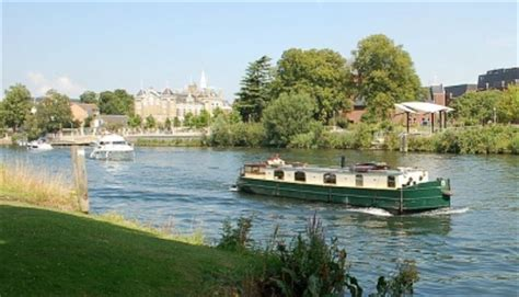 thames river boats offers the river thames guide thames boat hire discover the