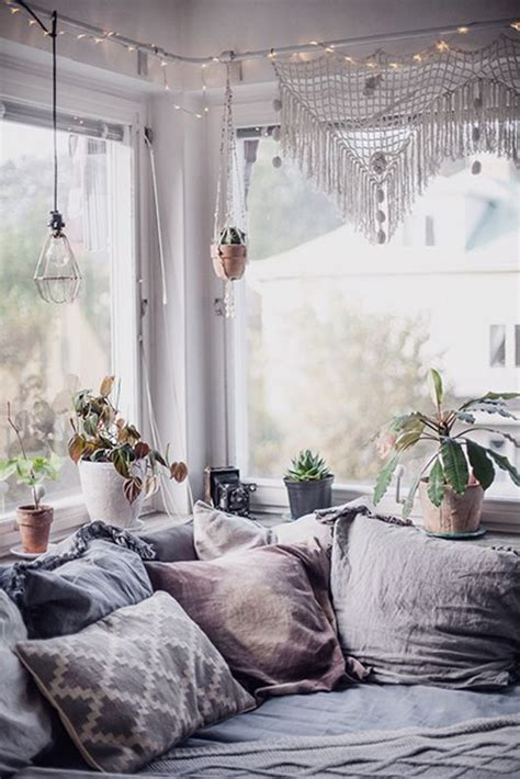 how to decorate a bohemian bedroom 25 best ideas about bohemian bedrooms on pinterest