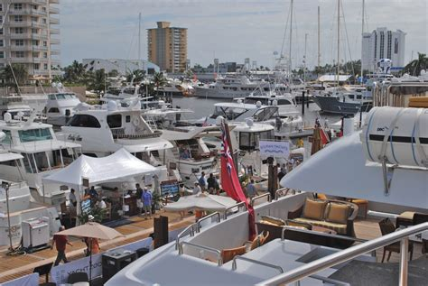 fort lauderdale boat show results fort lauderdale international boat show 2012 be dazzled