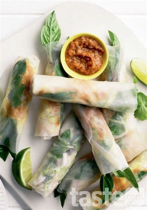 How To Make Rice Paper Rolls - 11 rice paper roll recipes d 233 licieux