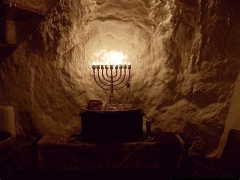 when do you light the menorah image gallery lit menorah 7