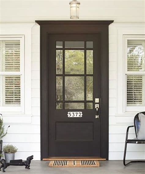 Black Exterior Door 25 Best Ideas About Black Exterior Doors On Side Door Cottage Exterior And Modern
