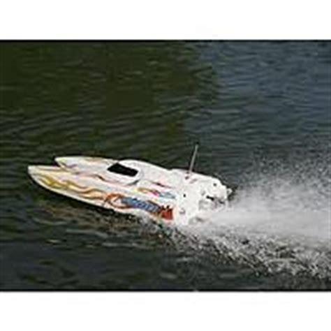 pro boat thundercat 31 nitro rc boat new in box pro boat thunder cat nitro 32 marine rc groups