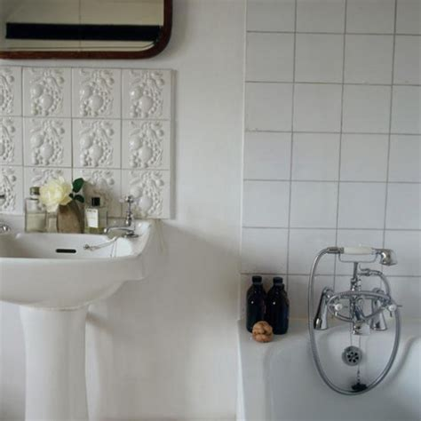 white tiled bathrooms 25 white porcelain bathroom tile ideas and pictures