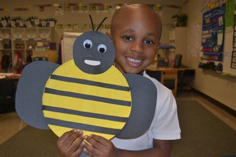 paper plate bumble bee craft we re bugging out insects scholastic