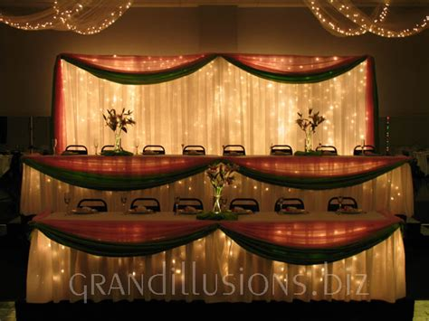 decorating the head table at a wedding reception ehow wedding grand illusions