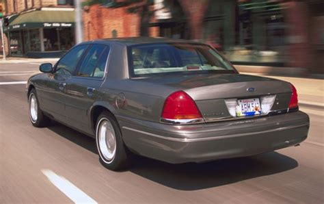 2003 ford crown victoria air conditioning problems 2003 ford crown victoria warning reviews top 10 problems