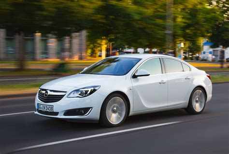 opel insignia 2017 white 2017 opel insignia notchback overview price