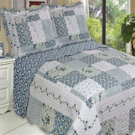 country quilts for beds country cottage white blue lightweight oversized quilt