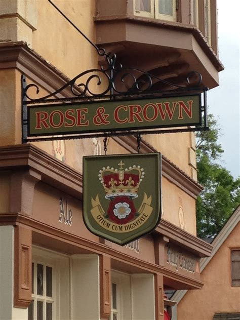 Crown Pub Dining Room by Dining At Disney World Crown Pub Dining Room
