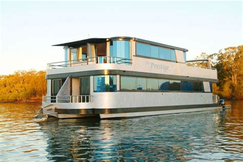 biggest houseboat in the world 8 of the worlds most luxurious houseboats cbs news