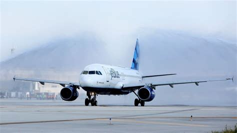 jetblue returns to ontario airport as the airline battle for southern california heats up los