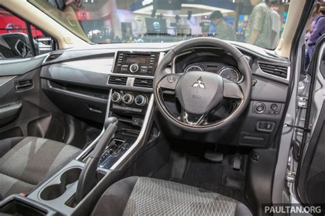 interior xpander gls mt all new mitsubishi expander mpv page 7