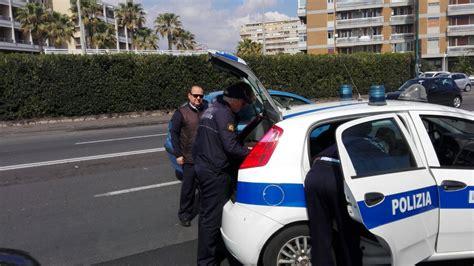 polizia municipale catania ufficio verbali abusivismo commerciale nuovi interventi della polizia