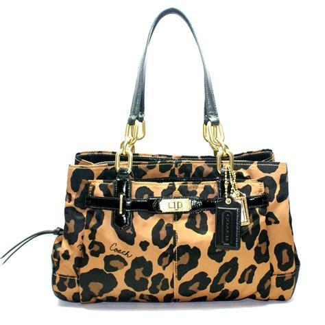 coach chelsea oce leopard print jayden carryall shoulder bag  coach