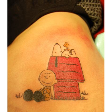 charlie tattoo cb woodstock and snoopy snoopy peanuts tattoos