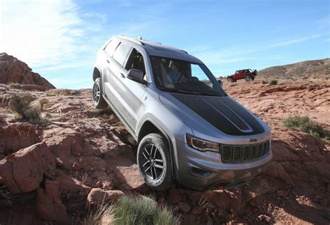 jeep grand cherokee trailhawk jeep grand cherokee trailhawk confirmed for australia