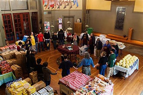 San Francisco Food Pantry by California San Francisco Church Food Pantry For Homeless