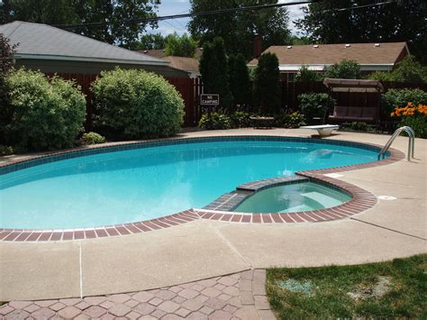 small built in pools small built in pool designs 18 x 38 brick coping with