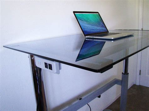 Standing Sitting Desk Rebel Desk Makes Standing Or Sitting At Work Easy And Optional Cult Of Mac