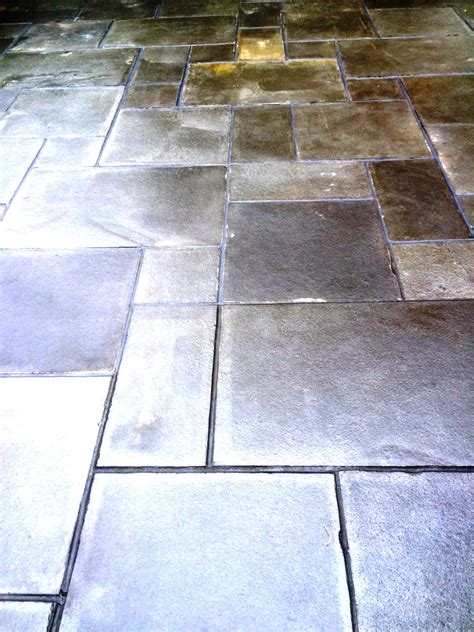 resolving sealing problems with a limestone patio