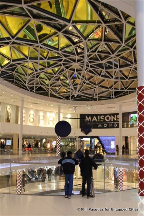 Chicagos Eco Shopping Mall by Beaugrenelle Gets A New Eco Friendly Shopping Mall