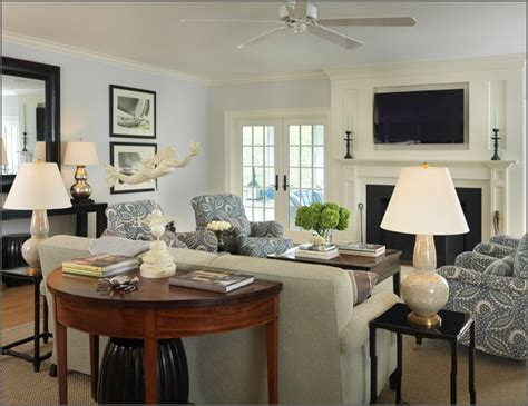 how to layout living room with fireplace and tv living room with tv over fireplace