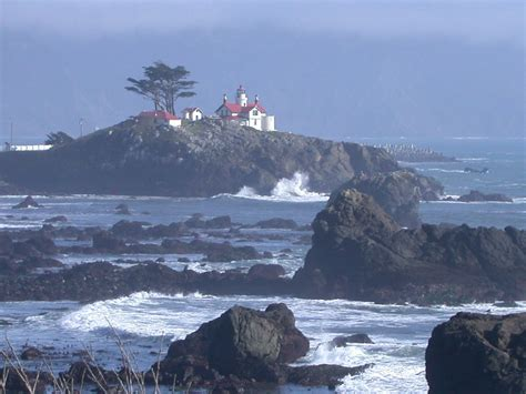 house rentals crescent city ca crescent city ca overlooking the light house photo picture image california at